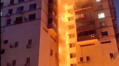大连一高层住宅大火连烧20余层¦高楼火灾这样逃
