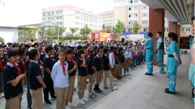 崂山新世纪学校开展安全培训