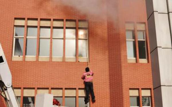 校园消防疏散演练